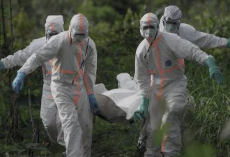 Лихорадка Эбола решила, что 2020 год - лучшее время для камбэка. И напомнила, почему одной вакцины будет мало