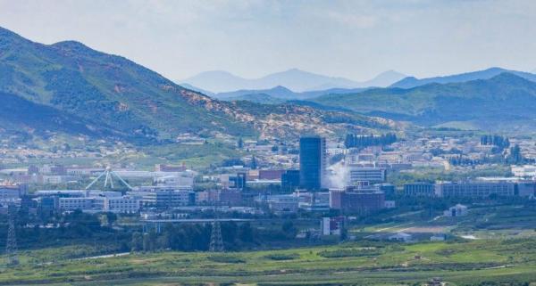 КНДР взорвала офис связи на границе с Южной Кореей. Ранее сестра Ким Чен Ына угрожала соседям вводом войск