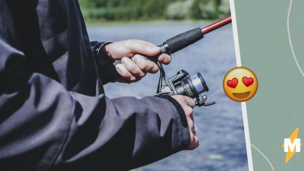 Рыбак решил покорить TikTok песнями и танцами, и люди в восторге. Правда, не от его таланта, а от внешности