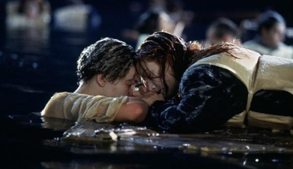 """""""Титаник"""" был в одной сцене от провала. Как могли кончиться культовые фильмы - и почему этого не случилось"""