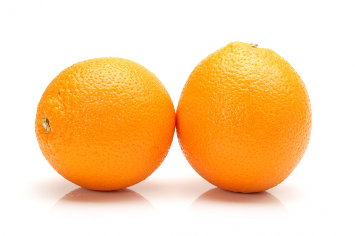 отбор фотографий три апельсина на тарелке картинка ведь