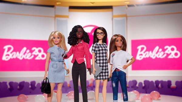 Barbie выпустили линейку кукол перед выборами в США. И над Барби-избирательницей людям остаётся только шутить