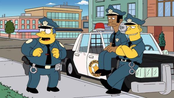 Девушка обезоружила полицейских эротическими пируэтами. И такой голый протест понравился не только мужчинам