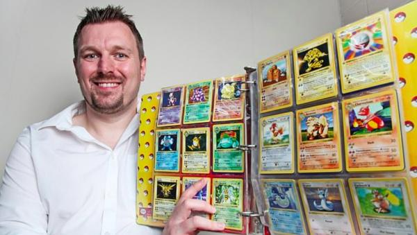 """Доставайте карточки с покемонами. Отец стал богачом, когда ему в руки пришёл """"Священный Грааль"""" с лицом Пикачу"""