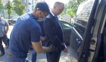 Бывшего журналиста Сафронова ФСБ заподозрила в госизмене. СМИ сравнивают произошедшее с делом Голунова