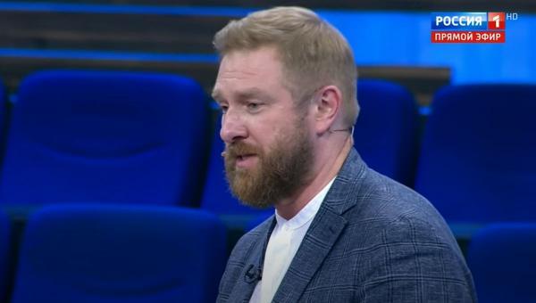 """В эфире """"России 1"""" прозвучали слова о ЛГБТ-инструкторах НАТО. Кто они, мемоделы не знают, но хотят ими стать"""