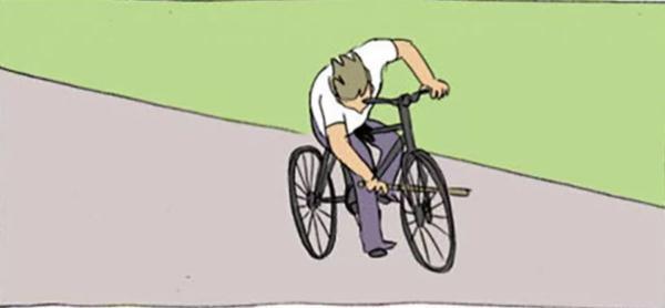 Парень упал с велосипеда, а через 25 лет вспомнил об этом. Спасибо камню, который все эти годы жил в его руке