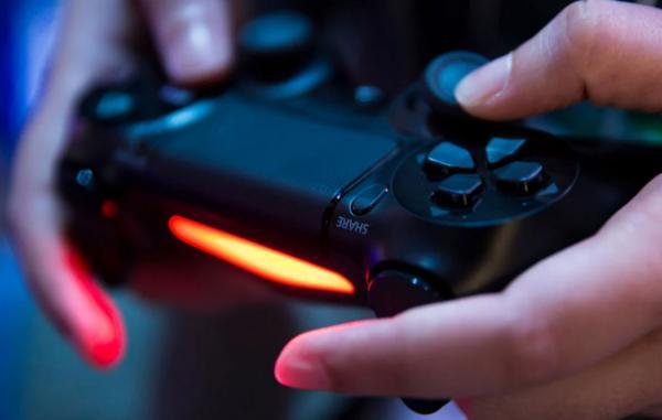 Playstation предлагает работу мечты любого геймера, но есть нюанс. Чтобы пройти, нужно знать русский язык