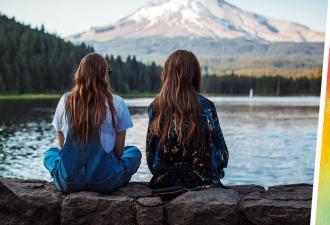 Девушка не понимала, почему подруга с ней так добра. Всё встало на свои места, когда она увидела её взрослой