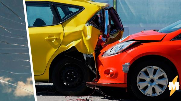 Парень попал в автокатастрофу, а спустя четыре года о ней напомнил осколок в руке.