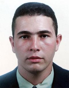 «Нас учили стрелять террористу в голову». Бывший полицейский рассказал, как завалил миссию, а люди им гордятся