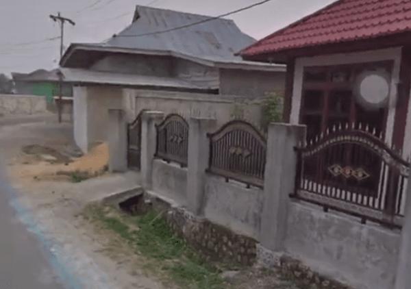 Блогерша снимала на видео дом детства и встретила умершую маму. Это не мистика, а чудо цифровой реальности