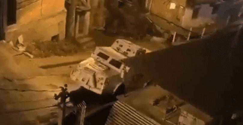 Полиция на танке двинула за преступниками, но не доехала. Виной тому - смекалка дилеров и растительное масло