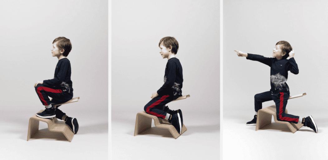 Дизайнер создал стулья, которые учат сидеть правильно . Правда, чтобы усидеть на нём придется поворочаться, но так и задумано