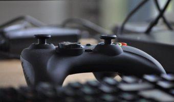 Sony будет записывать голоса владельцев PS, решили геймеры. Компании достался хейт, но всё не так просто