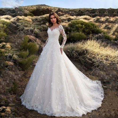 Невеста заказала свадебное платье, но получила разочарование. Наряд сгодится лишь для косплея на Труп невесты