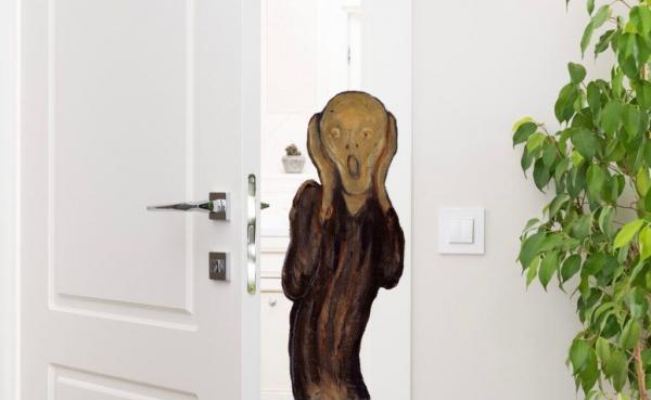 Девушка хотела снять квартиру, но увидела ванную комнату. Душ там есть, а вот ванна - примерно на 50 процентов
