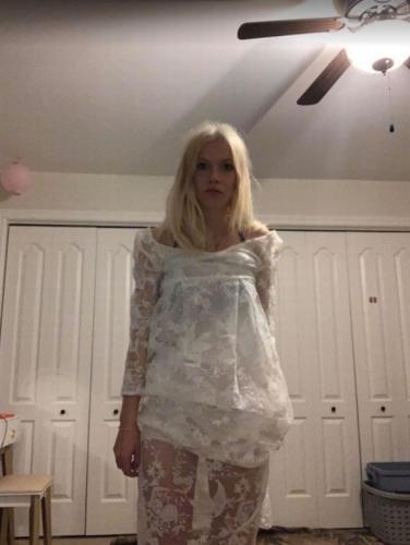 Девушка заказала свадебное платье, но получила разочарование. Наряд сгодится лишь для косплея на Труп невесты