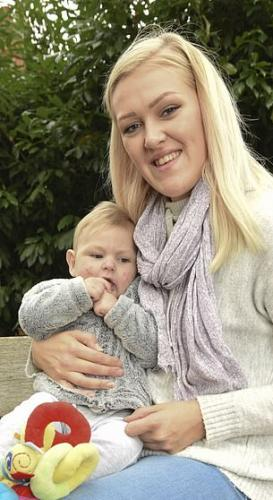 Девушка упала в обморок, а когда пришла в себя, оказалась матерью.