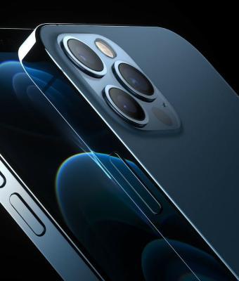 Apple представила iPhone 12, а в мемах «яблочных» сделали повидлом. Всё из-за цен и комплектации