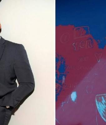 Канье Уэст в синем костюме стал мемом. Косплей на смурфа удался — осталось понять, что значит надпись на фоне