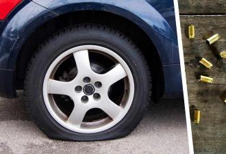 Парень пробил шину, а когда узнал, чем, растерялся. Похоже, на российских дорогах поймать можно и яму, и пулю