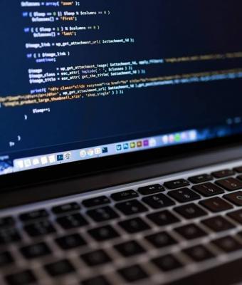 Люди злы из-за мануала компьютерных мастеров. Они узнали: те чистят не ноуты от вирусов, а кошельки клиентов