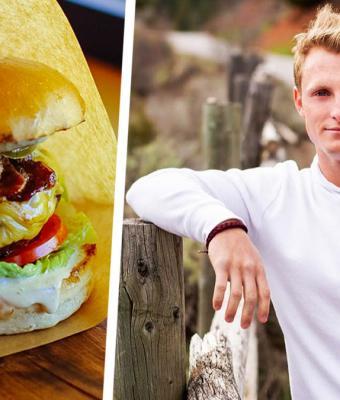 Блогер отведал бургер, и его язык стал размером с блюдо. Бесплатной пластикой он обязан секретному ингредиенту