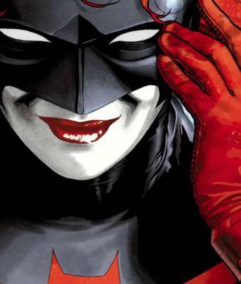 Киноманы увидели новый костюм Бэтвумен и расстроились. Ведь он — отражение расизма и помощь врагам в поражении