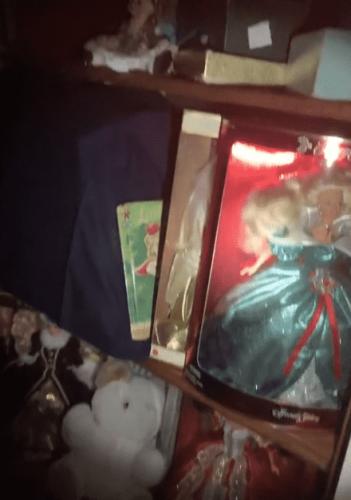 Женщина переехала в новый дом и попала в фильм ужасов. Найдя тайную комнату она поняла: входить туда не стоило