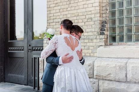 Шафер на свадьбе преподнёс жениху сюрприз, о котором тот не забудет никогда.