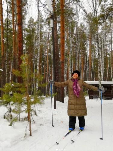В Новосибирске 82-летнюю женщину не пустили в фитнес-клуб. У администрации есть ответ, но люди им недовольны