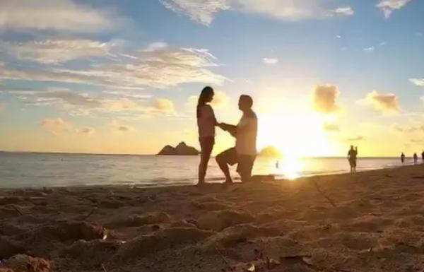 Подруги пошли на пляж снимать рассвет и увидели кое-что лучше. Их кадры изменили судьбу двух других людей