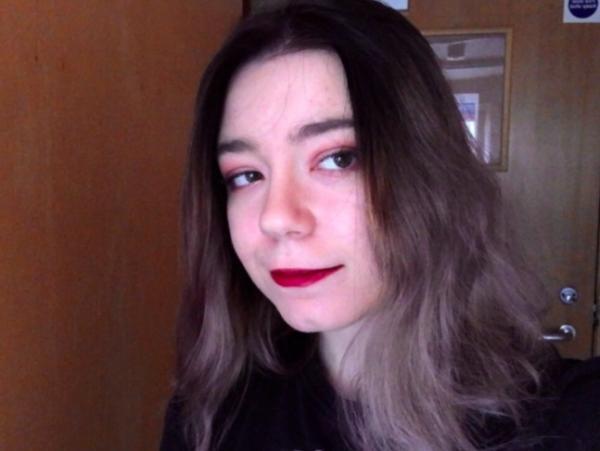 Девушка решила освежить причёску и покрасила волосы, но её ждал сюрприз.