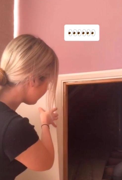 Американка прожила в доме 14 лет и нашла тайную комнату. Ей жутко, но в России давно знают о функции помещения