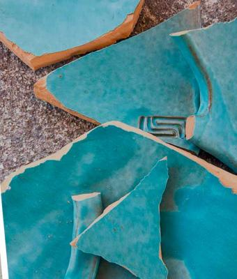 Археологи нашли обломки керамики и стали детективами. Посуда раскрыла тайну опустевшего 430 лет назад города