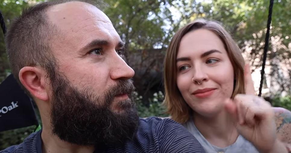 Пара отказалась на месяц от сахара, алкоголя и соцсетей и поняла: эта троица крадёт не только здоровье