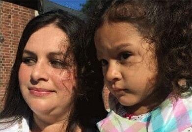 Мать родила дочь и поняла: это ошибка, и пошла в суд. Узнав причину, судья назначил ей десять млн долларов