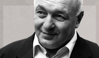 Умер основатель бренда «Б. Ю. Александров». Почему его сырки запомнились людям и что говорят о его смерти