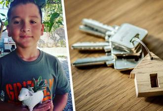 Бездомный открыл своё дело и купил маме дом. Вести такой бизнес под силу и ребёнку, ведь ему самому восемь лет