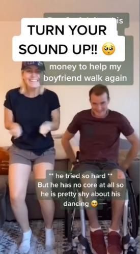 Девушка устроила челлендж танцев, чтобы собрать деньги на операцию парню. Людям это понр