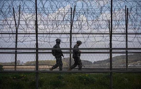 Беглец из КНДР пересёк границу с помощью гимнастического трюка. Южнокорейцы оценили и просят повторить на бис