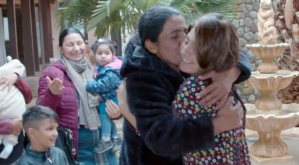 Дочь думала, что её усыновили, но девушку ждал сюрприз. Правда о родителях разбила сердце