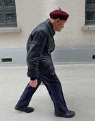 Фотограф достал зеркалку и разрушил стереотип о стариках. Оказывается, не только их внуки любят быть на стиле