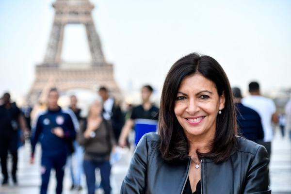 Власти Парижа так увлеклись борьбой за равноправие, что получили штраф. Такое унижение мужчин им не простили