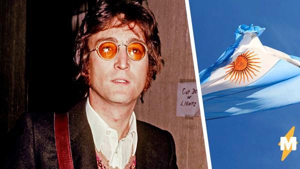 """Фанат так похож на Леннона, что способен запутать битломанов. Прикоснуться к """"легенде"""" хотят даже прохожие"""