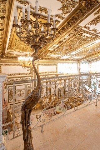 Иркутский дом открыл дверь и показал портал в прошлое. Его интерьеры - ностальгия по XVIII веку, и это пугает