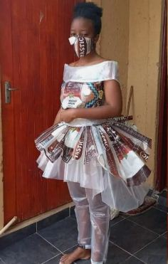 Сколько нужно риса, чтобы сделать платье. Знает маленькая хозяйка дешёвого и актуального аутфита