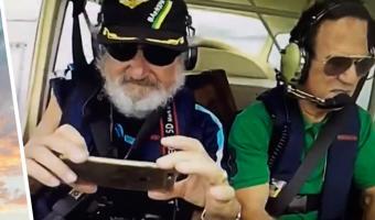 Мужчина выронил свой айфон из самолёта и получил лучшее видео. Тот не только не разбился, но и снял шедевр