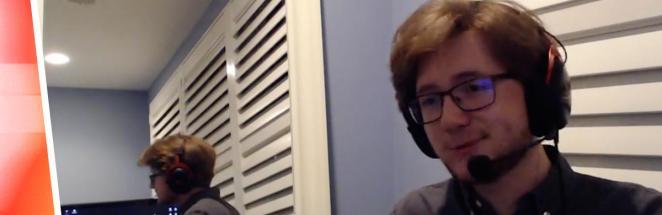 Стример хотел поиграть в Minecraft, но помешал двойник из Зазеркалья. И это не проделки Кэрролла, а спецэффект